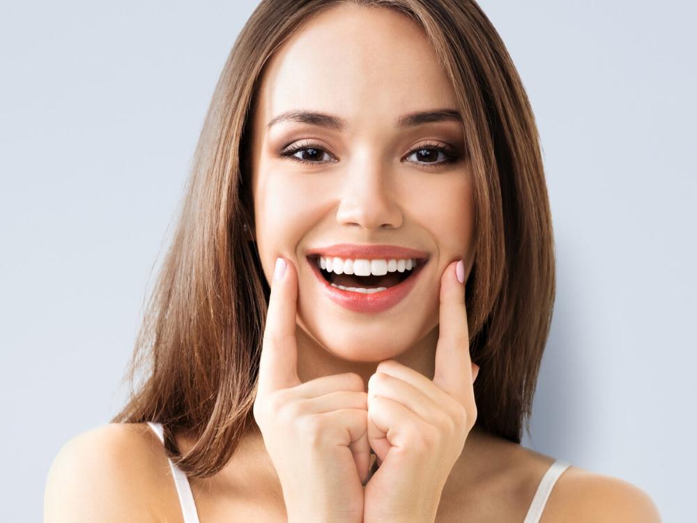 Имплантация зубов – это страшно? Больно? Опасно? Вовсе нет!